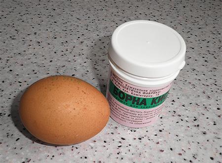 Ei und Borsäure