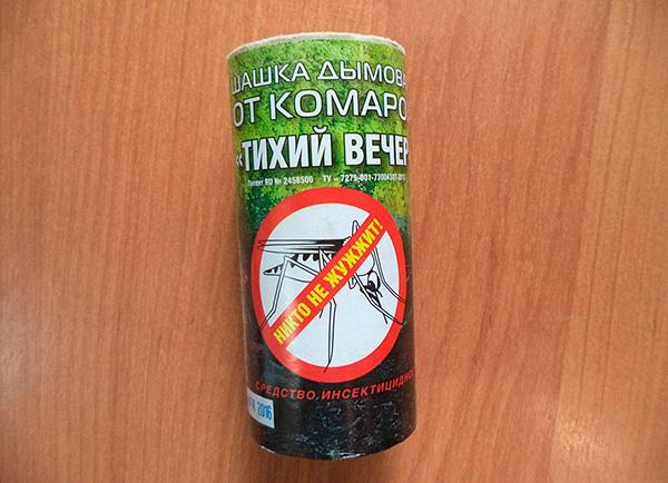 Insektizide Rauchbombe von Moskitos Ruhiger Abend (basierend auf Permethrin).