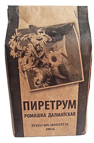 Pyrethrumpulver ist ein natürliches Insektizid, das aus getrockneten Blüten der dalmatinischen Kamille hergestellt wird.